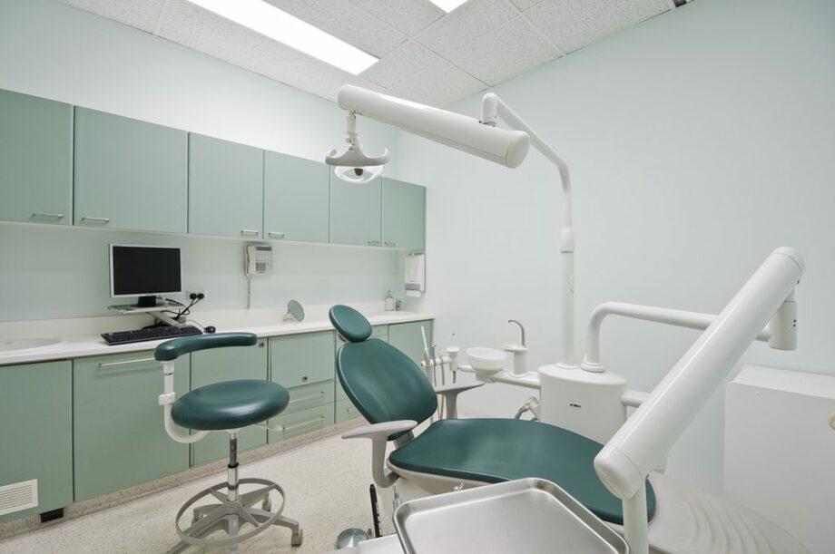 Cách thiết kế nội thất văn phòng nha khoa