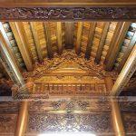 Chạm khắc thủ công nhà gỗ truyền thống mang văn hóa Việt Nam