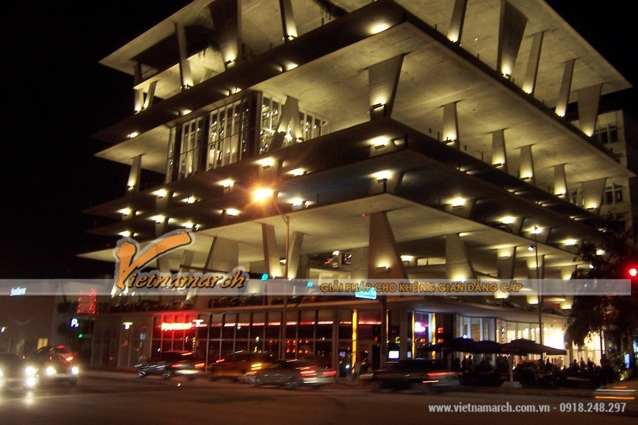 Bãi đỗ xe thông minh trên đại lộ Lincoln, bang Florida của nước Mỹ