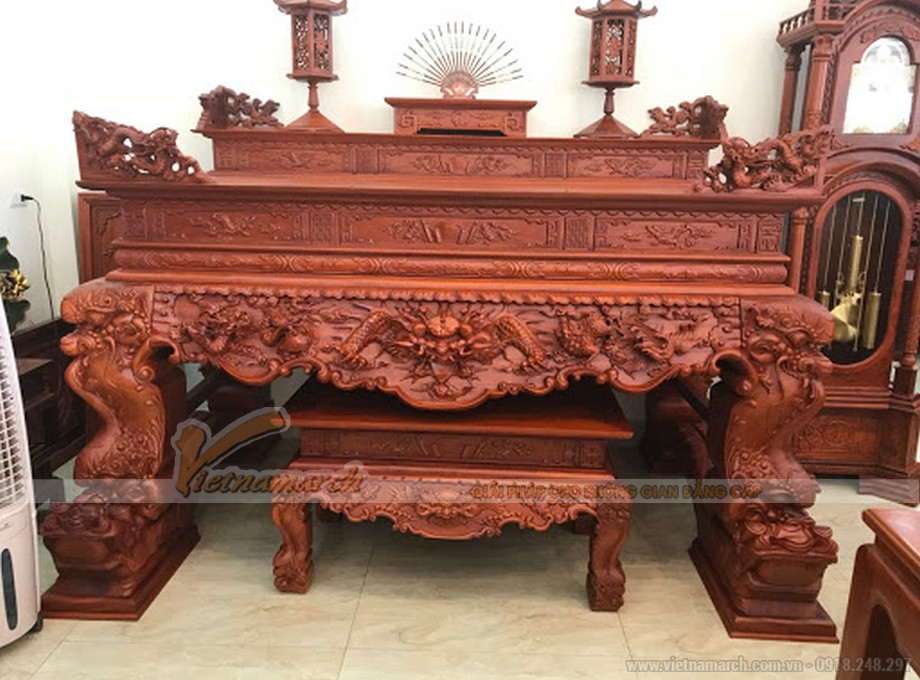 Mẫu bàn thờ tứ linh màu trầm