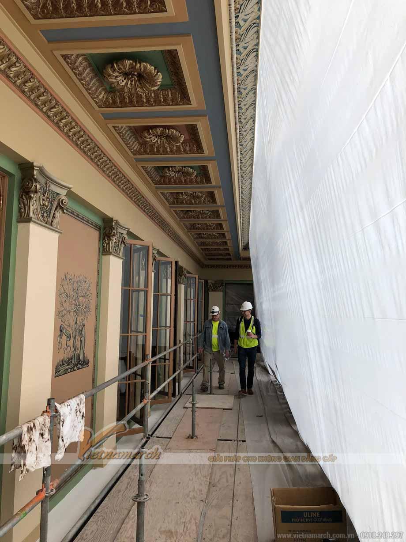 Mẫu trần thạch cao hành lang phong cách cổ điển