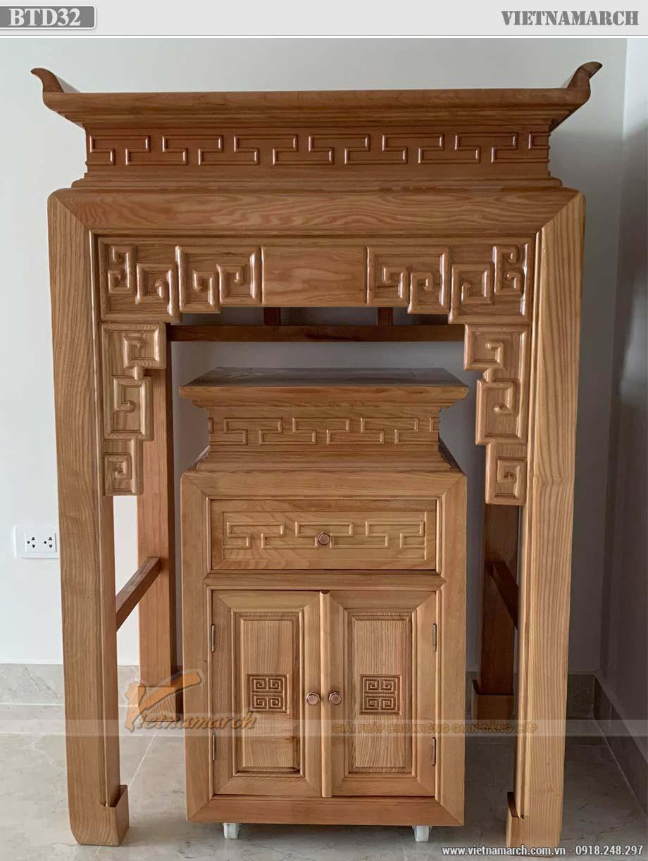 Mẫu bàn thờ đứng cho chung cư nhỏ màu trần sồi