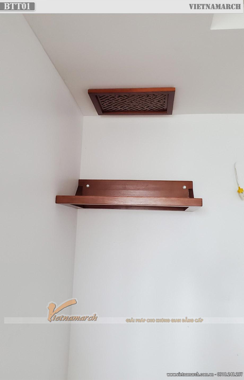 Bàn thờ treo tường gỗ sồi kèm ám khói cho chung cư tại Long Biên - BTT01