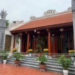 Chiêm ngưỡng hình ảnh thi công hoàn thiện từ đường 3 gian bê tông giả gỗ tại Thái Bình