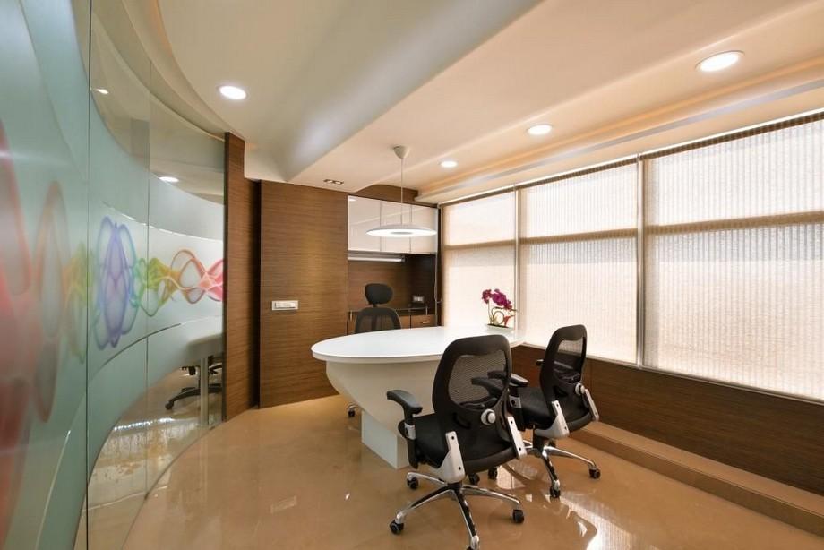 Chiếc bàn tròn độc đáo và đẹp lạ mang lại phong cách sáng tạo cho không gian văn phòng