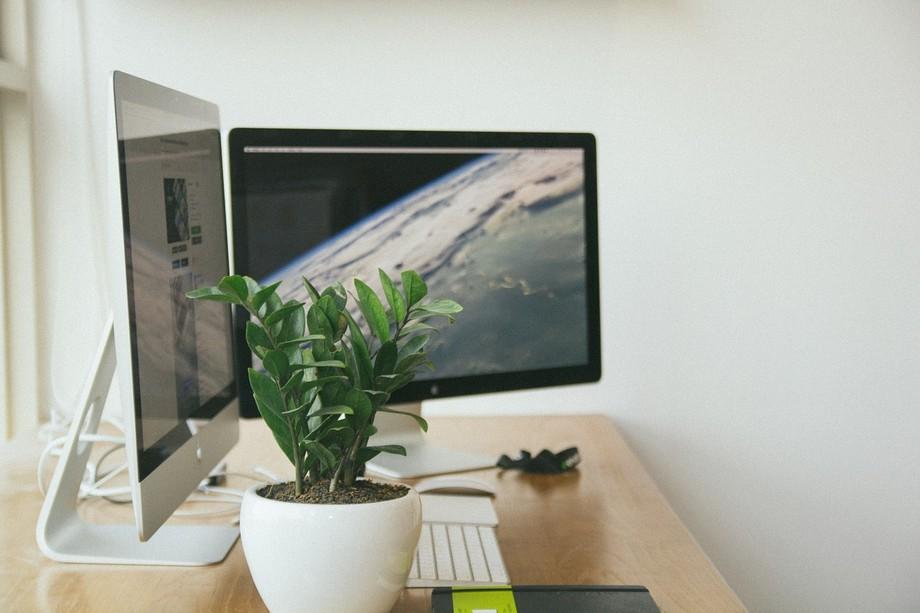 Mẫu thiết kế văn phòng làm việc nhỏ xinh trang trí thông minh