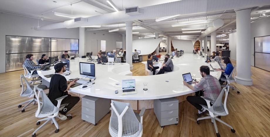 Chiếc bàn văn phòng độc lạ nhất thế giới