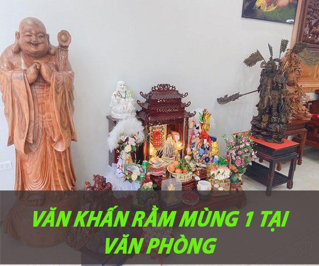 van-khan-cung-tai-van-phong-ngay-ram-mung-100001