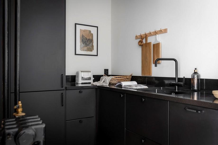 Thiết kế bếp với tông màu đen sang trọng