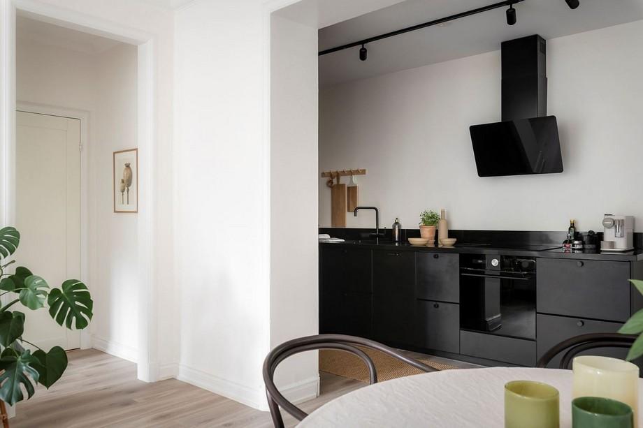 Mẫu tủ bếp nhỏ gọn sơn đen độc đáo