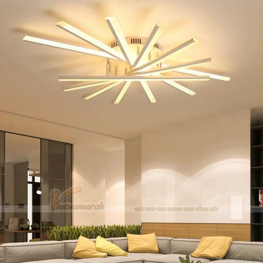 Mẫu đèn phòng khách đẹp cho chung cư