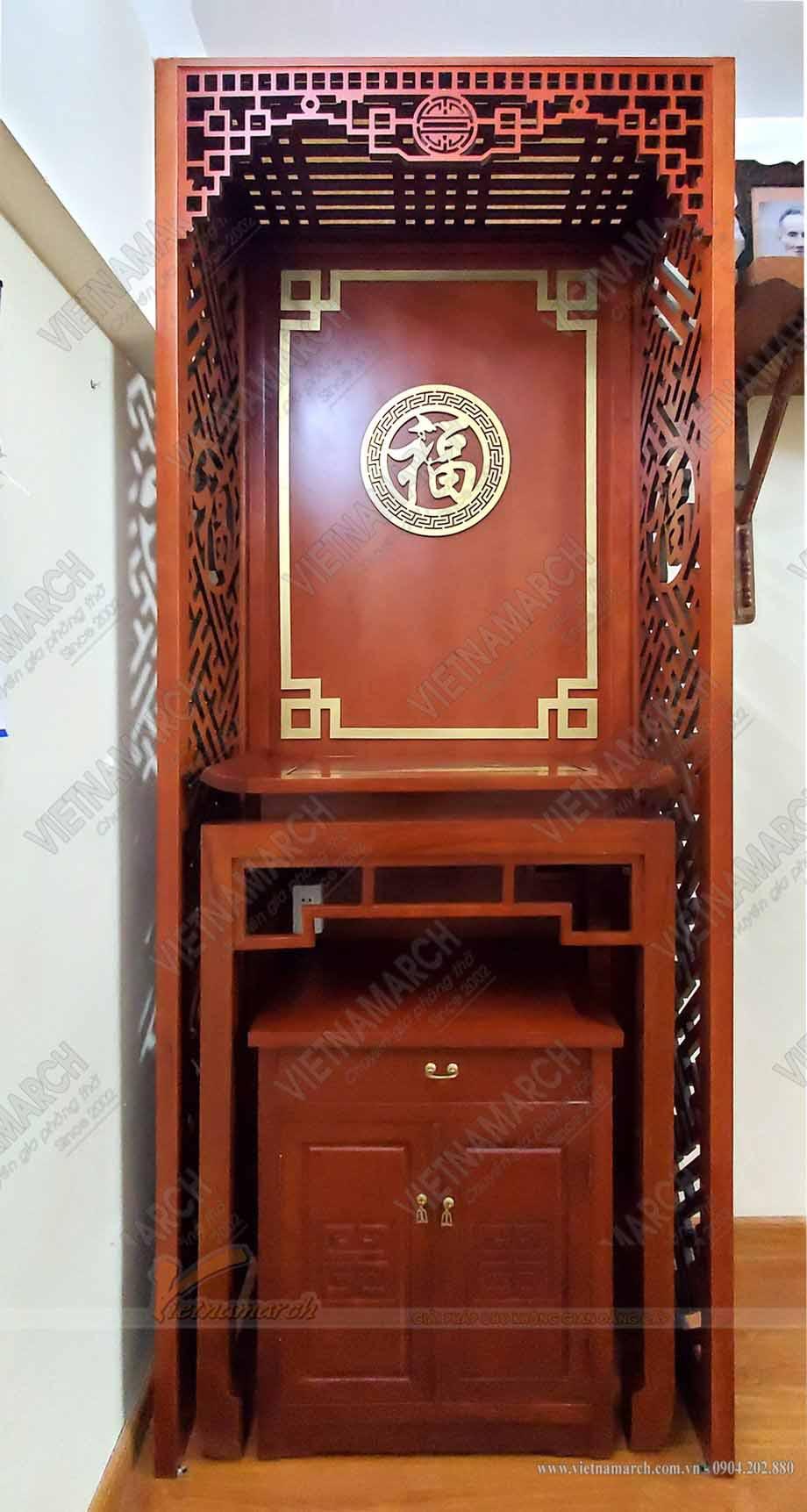Mẫu bàn thờ đứng gỗ gõ chuẩn phong thủy