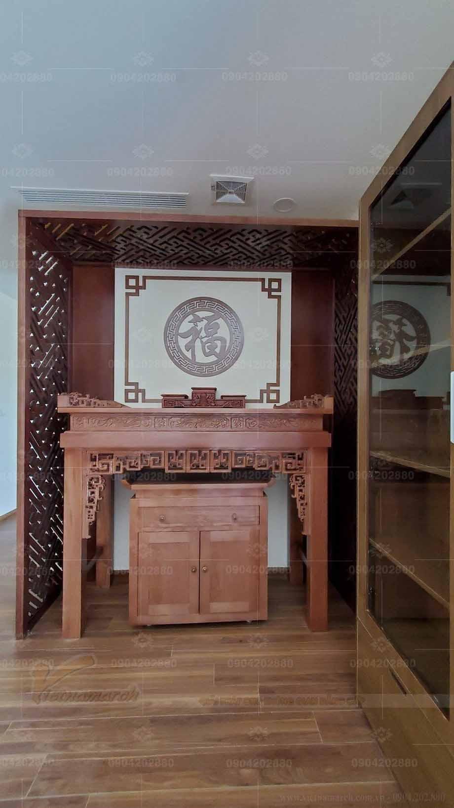 Trang trí bàn thờ hợp phong thủy cho gia đình nhà chị Oanh