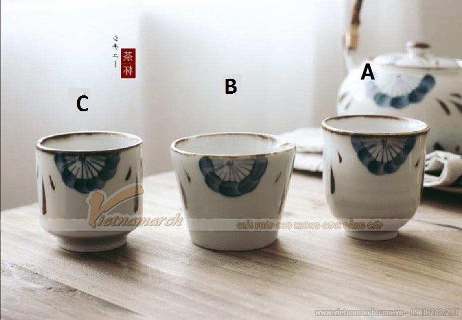 3 tách trà được thiết kế với kích thước và kiểu dáng khác nhau