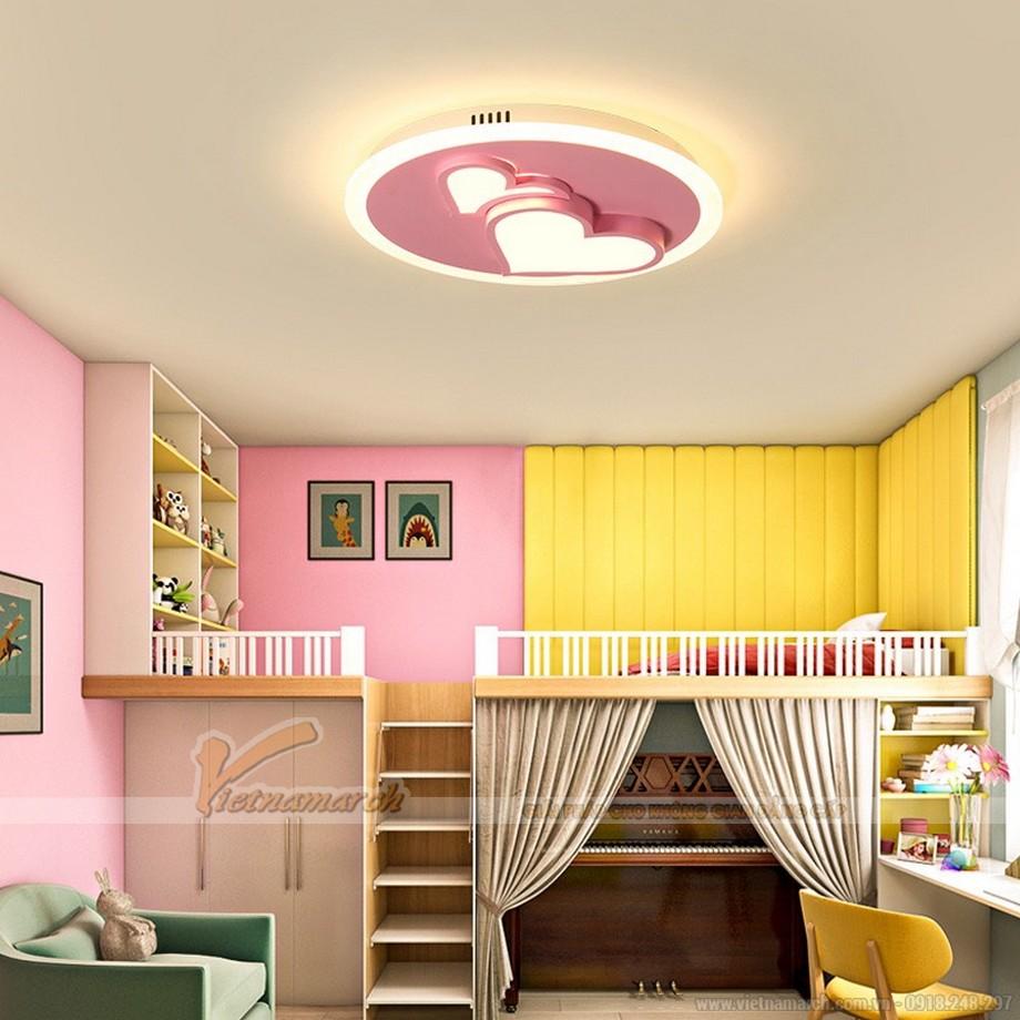 Bố trí đèn phòng ngủ cho bé trần bê tông hình trái tim đáng yêu