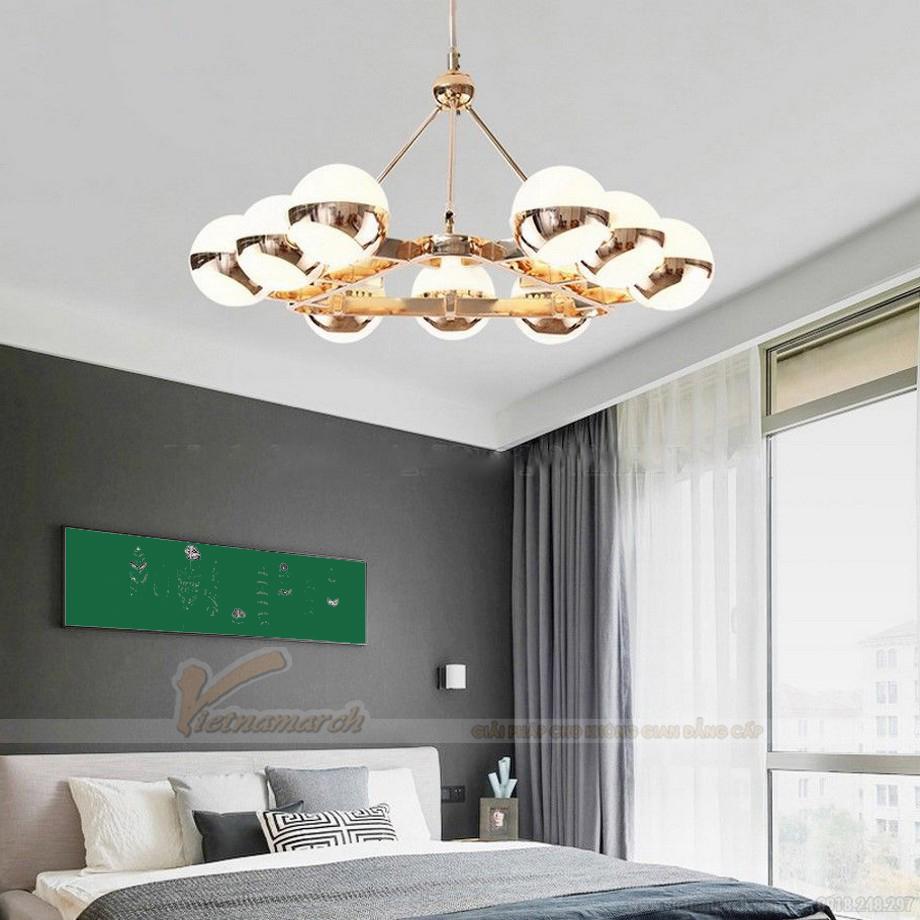 Lựa chọn đèn chùm trang trí phòng ngủ phù hợp với không gian