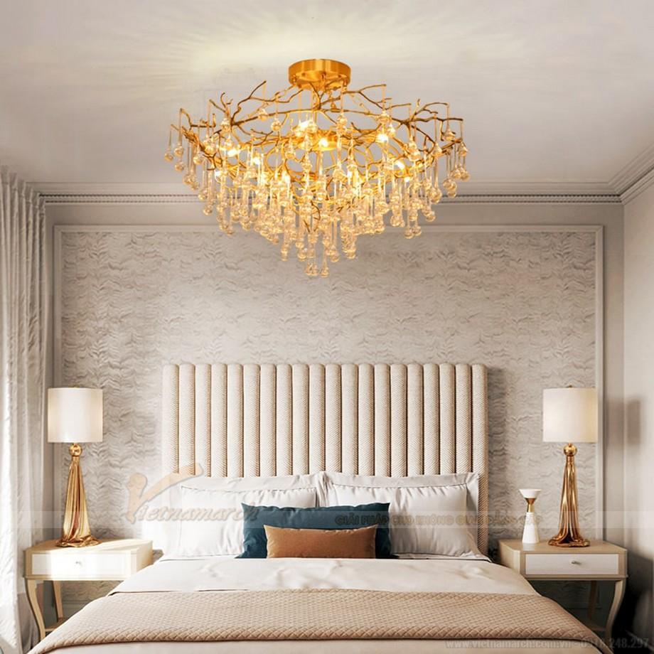 Đèn chùm trang trí phòng ngủ khung hợp kim mạ vàng