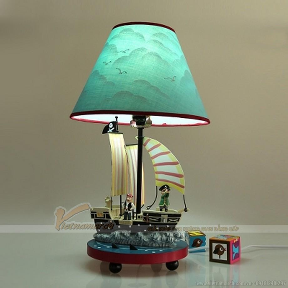 Đèn ngủ cho bé trai hình cướp biển carribean