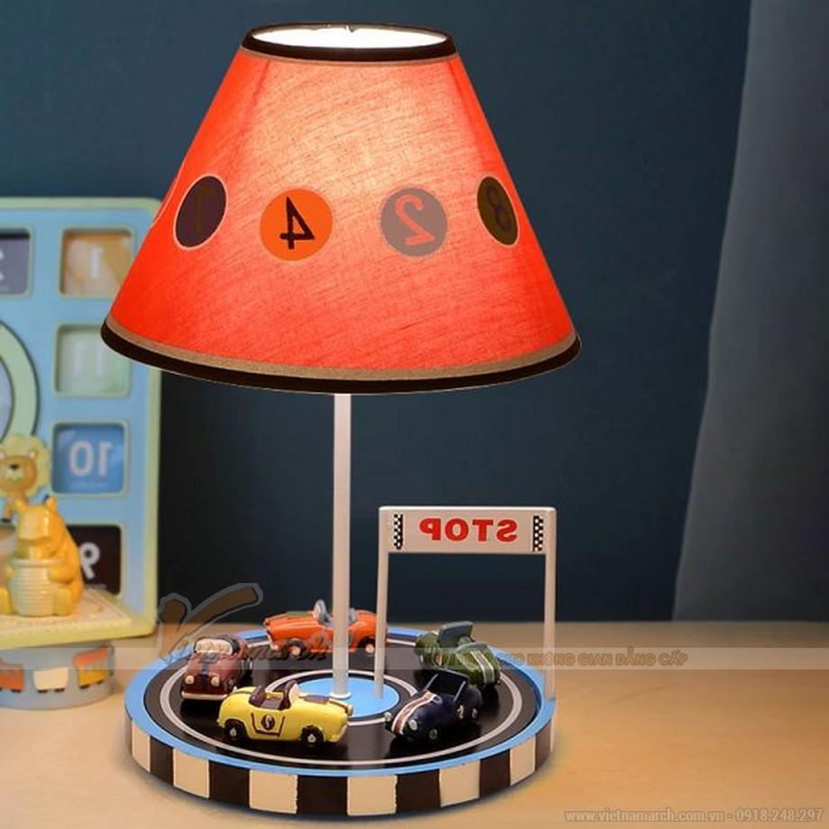 đèn ngủ xe đua cho bé trai