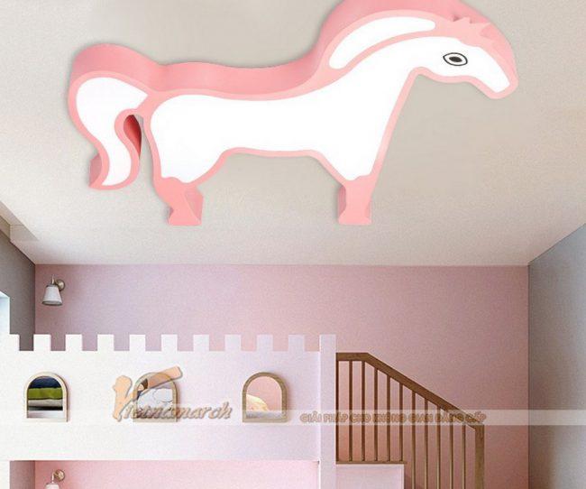 Đèn ngủ cho bé ốp trần hình ngựa hồng