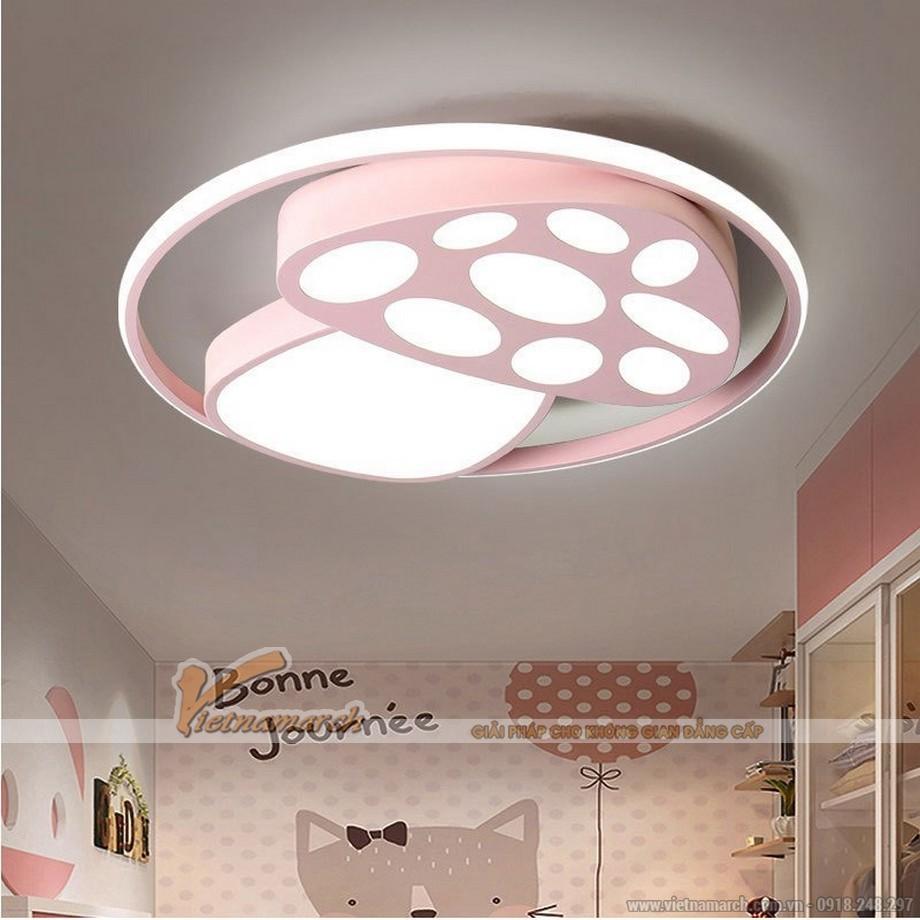 Mẫu đèn ốp trần phòng trẻ em hình cây nấm hồng