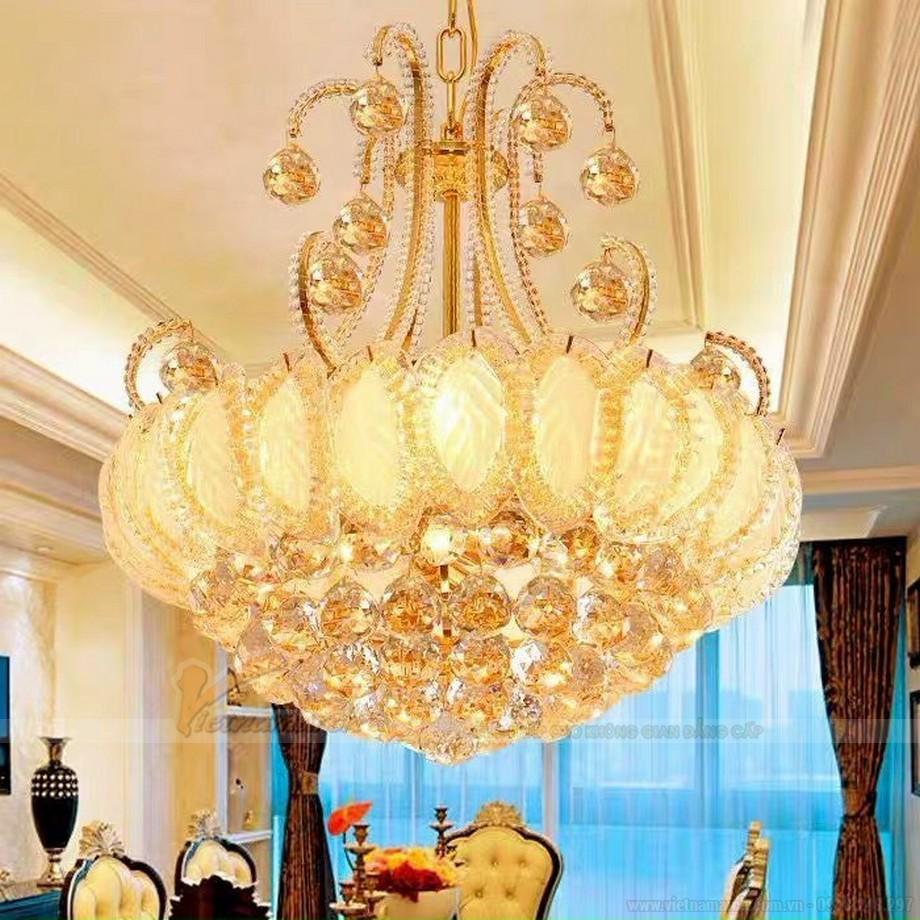 Đèn thả sảnh dạng chùm cho không gian cổ điển