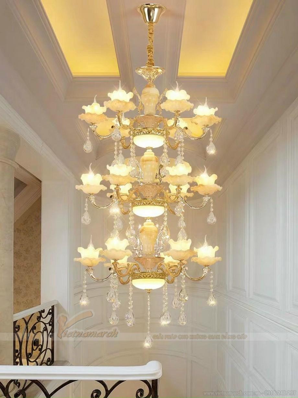 Đèn thả sảnh thủy tinh kết hợp mạ đồng ấn tượng
