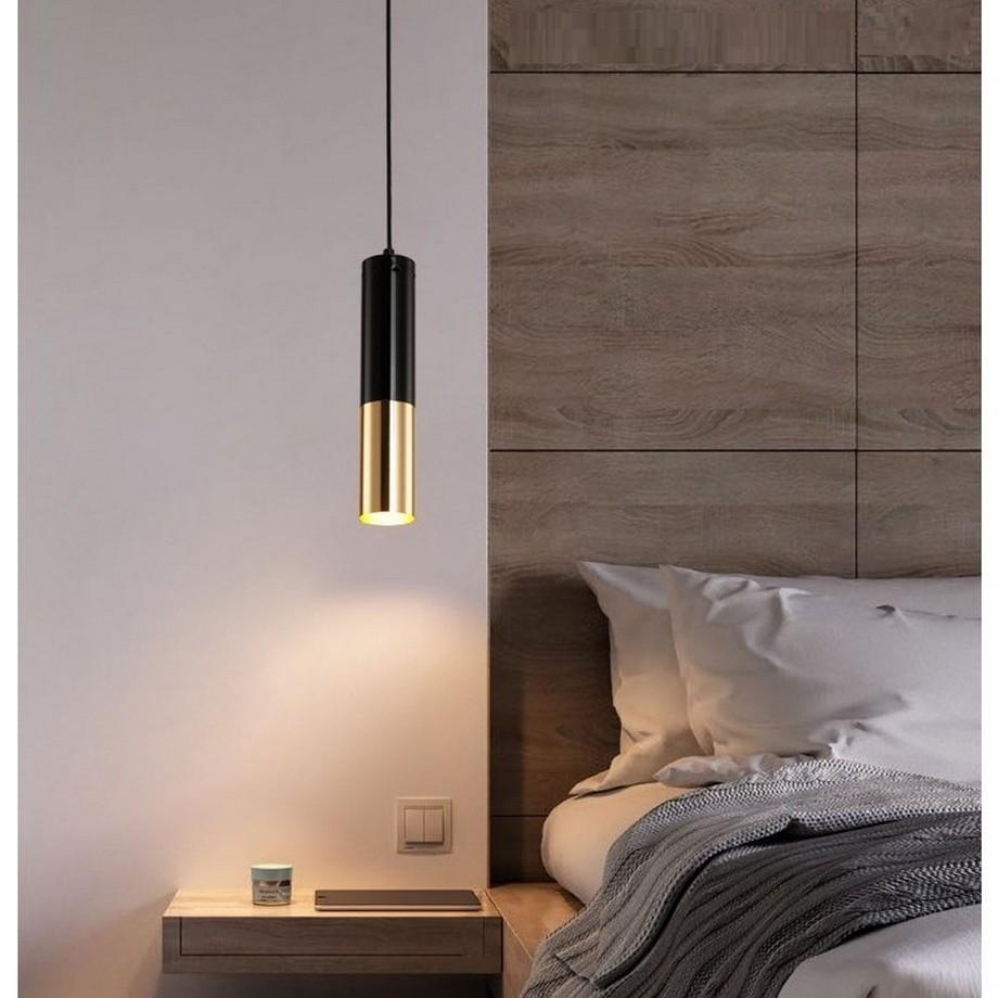 Ví dụ như dùng đèn thả trần cho phòng ngủ sẽ giúp bạn tránh được việc bất cẩn xô đổ đèn
