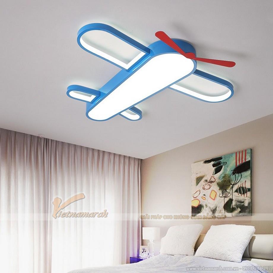 đèn trần phòng ngủ cho bé được làm từ chất liệu cao cấp